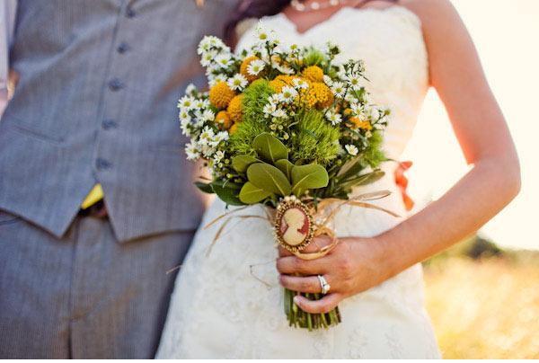 Свадебные букеты ( из ромашки - круглые