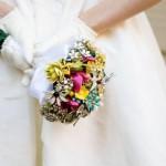 Водопад цветов в свадебном букете
