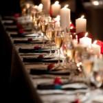Красные нотки подчеркнуты свечами