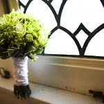 Элегантный букет с салатовими розами