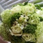 Мягкие оттенки зеленого в свадебном букете
