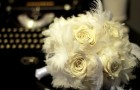 ivory-bridal-bouquet-roses-feathers