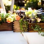Бледно-оранжевые розы в свадебном декоре