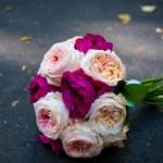Букет с использованием роз двух цветов