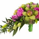 Каскадный букет с использованием роз