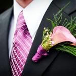 Розовый цветок для бутоньерки