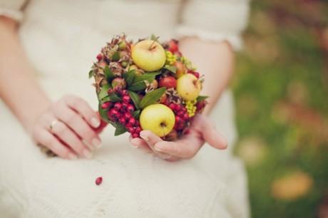 Сочетание ягод и фруктов