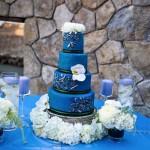 Темно-синий свадебный торт