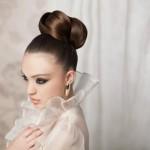 Невеста с аккуратно собранными волосами