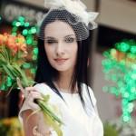 Невеста с темными прямыми волосами