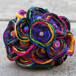 Свадебный букет из разноцветных лоскутков