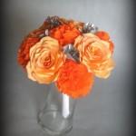 Оранжевая бумага в свадебном букете