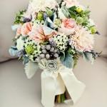 Свадебный букет из летних цветов