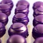 Пурпурные сладкие закуски на свадьбу