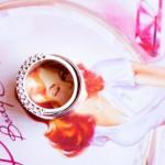 Свадебные кольца на фоне картинки пинапа