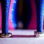 Свадебные кольца под высокими каблуками