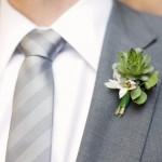 Свадебная бутоньерка в зеленом стиле