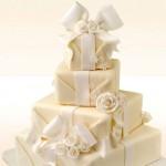 Свадебный торт из подарков