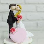 Любовь на свадебном торте