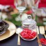 Баночки с конфетками для красной свадьбы