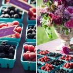 Коробочки с ягодами ежевики на свадьбе
