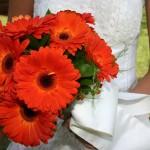 Оранжевый свадебный букет из гербер