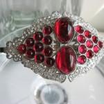 Свадебная брошь с рубинами для невесты