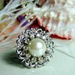 Кольцо невесты с жемчугом