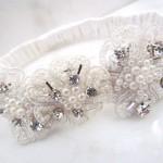 Подвязка невесты с жемчугом бриллиантами
