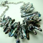 Ожерелье невесты цвета жемчужного серебра
