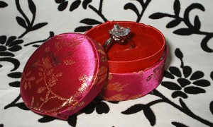 Satin Asian Oriental chienese Engagement Ring Box