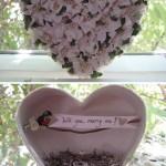 Коробочка для колец в форме сердца из белых цветов