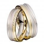 Платиновые обручальные кольца с золотом и бриллиантами