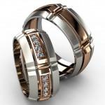 Платиновые обручальные кольца с золотой полосой