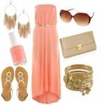 Наряд гостьи персикового цвета