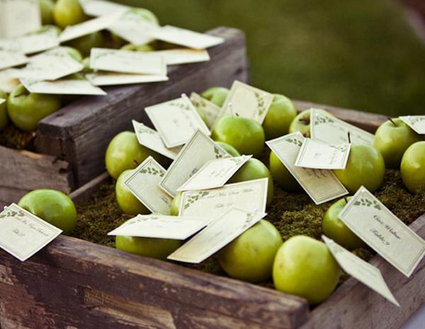 Яблоки в оформление свадьбы