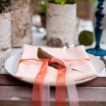 Розовые салфетки для свадебного стола