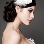 Перьевые украшения для свадебной прически