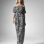 Платье свидетельницы с узором из серых цветов
