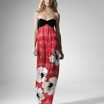 Красное платье свидетельницы с белыми цветами