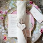 Свадебные салфетки с серебрянной лентой