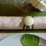 Свадебные салфетки с бело-зеленой лентой
