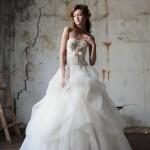 Свадебное платье невесты без бретелек