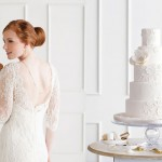 Торт и свадебное платье с кружевами