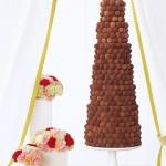 Свадебный торт из шоколадных шариков