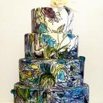 Свадебный торт с расцветкой под витраж