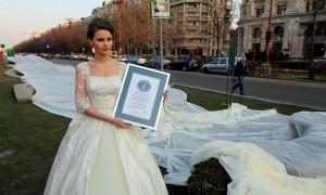 Самое длинное свадебное платье