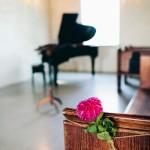 Укрась мебель цветами