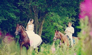 Уроки верховой езды - отличный подарок на свадьбу