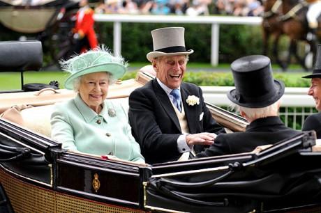 Елизавета II и принц Филипп - 65 лет вместе!